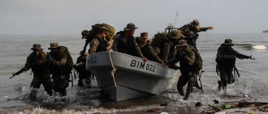 Guatemalan marines conduct water assault training under the supervision of U.S. Marines March 9, 2016, Guatemala, as a part of a U.S. Security Cooperation Team.